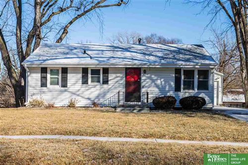 Photo of 7710 N Davis Circle, Omaha, NE 68134 (MLS # 22003836)