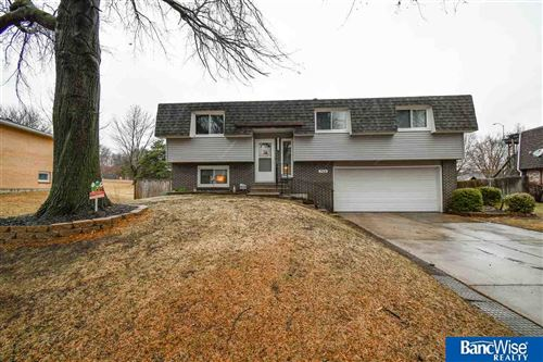 Photo of 715 Indian Hills Drive, Lincoln, NE 68520 (MLS # 22006882)
