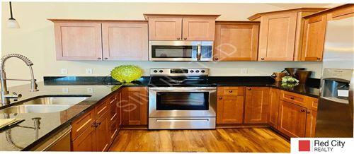 Photo of 5240 Linden Street, Lincoln, NE 68516 (MLS # 22022952)