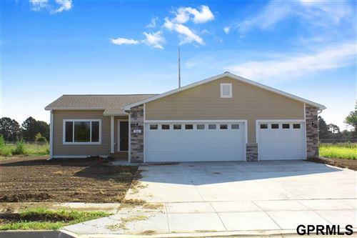 Photo of 816 Sun Ridge Drive, Beatrice, NE 68310 (MLS # 22009959)