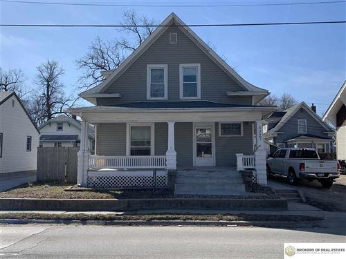 Photo of 3227 Vine Street, Lincoln, NE 68503 (MLS # 22103966)