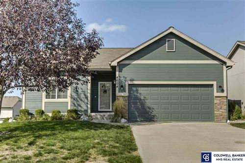 Photo of 4604 Clearwater Drive, Papillion, NE 68133 (MLS # 22023981)