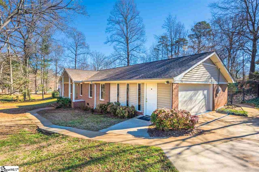 Photo for 250 Balfer Drive, Greenville, SC 29615 (MLS # 1384023)