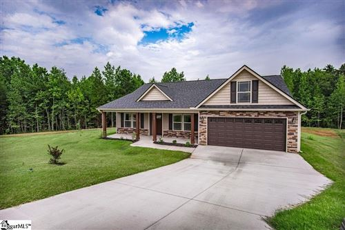 Photo of 567 Foster Place Drive, Inman, SC 29349-8266 (MLS # 1451030)