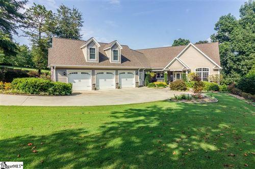 Photo of 220 Winding Oaks Drive, Seneca, SC 29672 (MLS # 1451081)