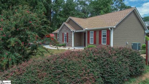 Photo of 167 CAROWAY Court, Spartanburg, SC 29303 (MLS # 1427084)