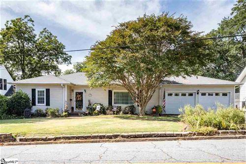 Photo of 117 Pine Street, Greer, SC 29650 (MLS # 1428098)