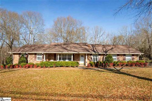 Photo of 304 Ross Avenue, Easley, SC 29640 (MLS # 1410121)