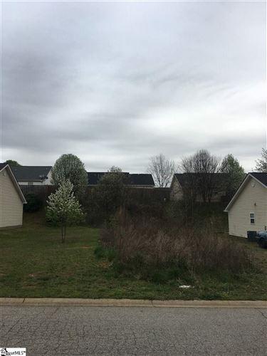 Photo of 519 Vault Way, Roebuck, SC 29376 (MLS # 1415170)