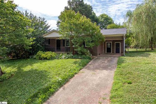 Photo of 14 Ardmore Drive, Taylors, SC 29687 (MLS # 1447175)