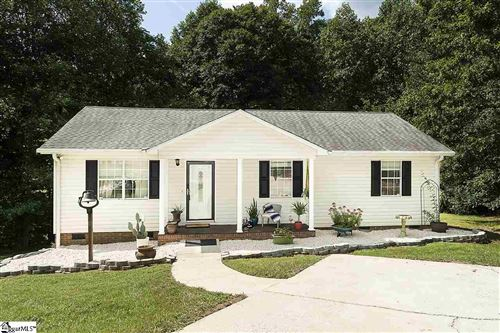 Photo of 8 Kerry Court, Taylors, SC 29687 (MLS # 1427186)