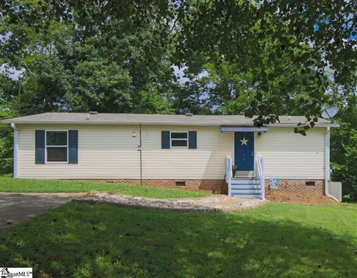Photo of 510 W Lakeview Drive, Duncan, SC 29334 (MLS # 1448212)