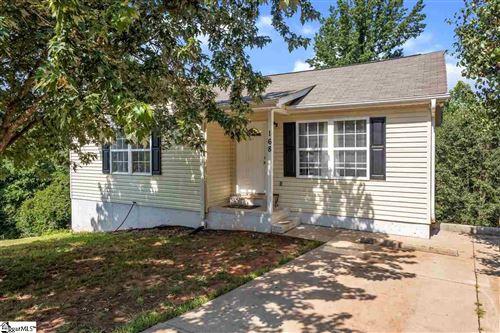 Photo of 168 Homes Pond Lane, Taylors, SC 29687 (MLS # 1426332)