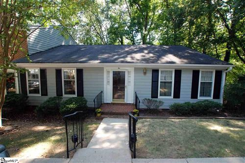Photo of 2 Woodberry Place, Spartanburg, SC 29307 (MLS # 1410348)