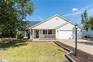 Photo of 324 Lacey Leaf Court, Spartanburg, SC 29307 (MLS # 1403513)
