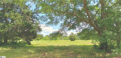 Photo of 327 W Gap Creek Road, Greer, SC 29651 (MLS # 1443560)