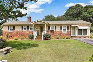 Photo of 114 Loche Adele Drive, Spartanburg, SC 29307 (MLS # 1403635)