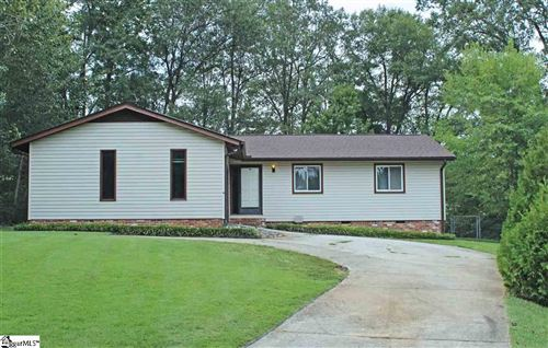 Photo of 17 Lee East Court, Taylors, SC 29687 (MLS # 1427637)