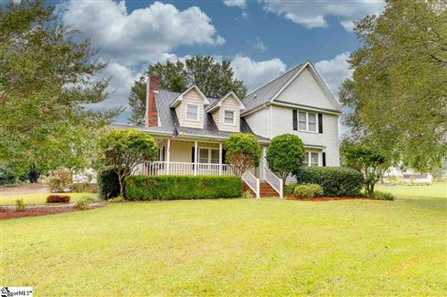 Photo of 114 Plantation Drive, Easley, SC 29642 (MLS # 1427639)