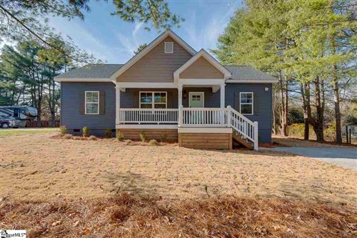 Photo of 215 Meridian Avenue, Greenville, SC 29687 (MLS # 1433669)