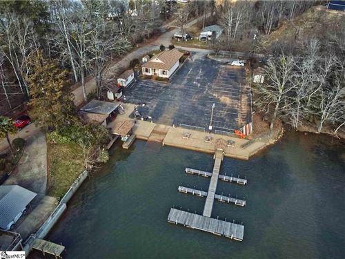 Photo of 605 Motor Boat Club Drive, Greenville, SC 29611 (MLS # 1443678)