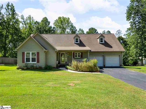 Photo of 302 Sundance Way, Spartanburg, SC 29302 (MLS # 1426858)