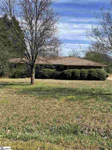 Photo of 307 Clearview Drive, Anderson, SC 29625 (MLS # 1438918)