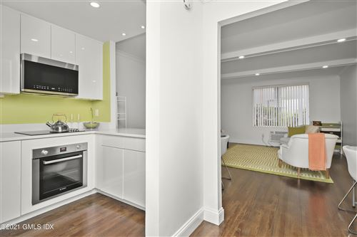 Photo of 1525 E Putnam Avenue #107, Old Greenwich, CT 06870 (MLS # 114155)
