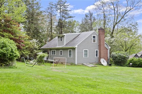 Photo of 19 Lakeview Drive, Riverside, CT 06878 (MLS # 113193)