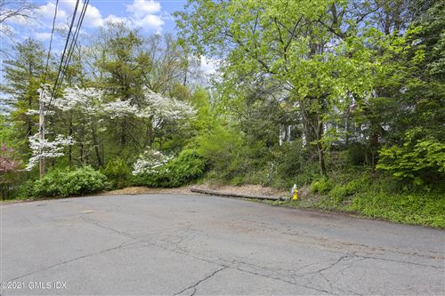 Photo of 19 Lakeview Drive, Riverside, CT 06878 (MLS # 113208)