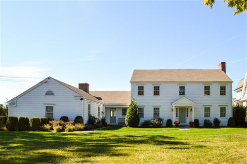 Photo of 17 Nawthorne Road, Old Greenwich, CT 06870 (MLS # 113522)