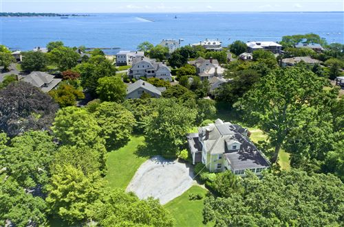 Photo of 11 Ledge Road, Old Greenwich, CT 06870 (MLS # 110541)
