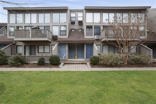Photo of Old Greenwich, CT 06870 (MLS # 113883)
