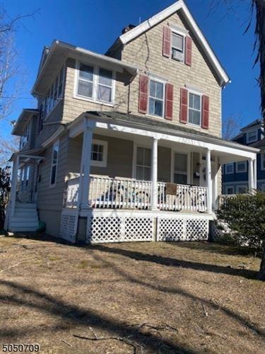 Photo of 154 Watchung Ave, Chatham, NJ 07928 (MLS # 3694211)