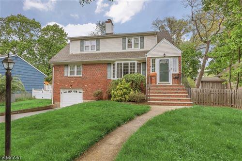 Photo of 315 Allen Pl, Ridgewood, NJ 07450 (MLS # 3709253)