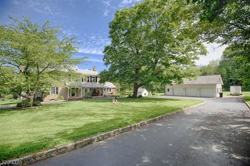 Photo of 86 PERRYVILLE RD, Union, NJ 08867 (MLS # 3653270)