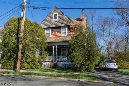 Photo of 10 GARDEN PL, Chatham, NJ 07928 (MLS # 3682319)