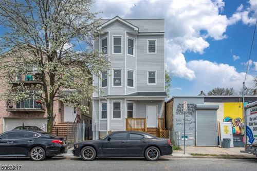 Photo of 547 Hawthorne Ave, Newark, NJ 07112 (MLS # 3704949)