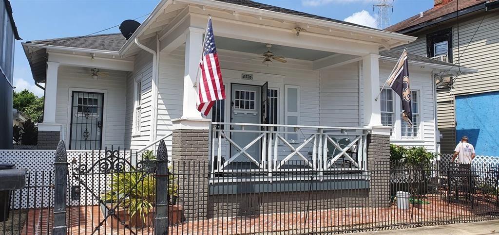 8526 OAK Street, New Orleans, LA 70118 - #: 2270022