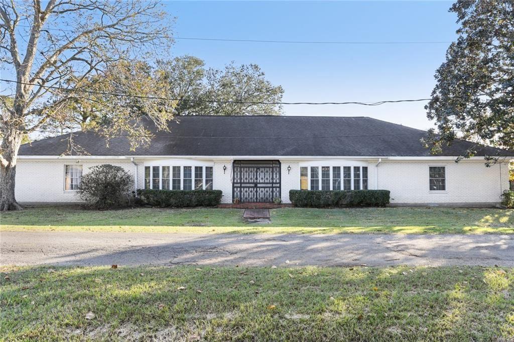 2200 MERCEDES Boulevard, New Orleans, LA 70114 - #: 2282033