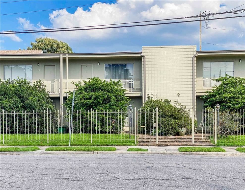 801 HENRY CLAY Avenue #215, New Orleans, LA 70118 - #: 2266044