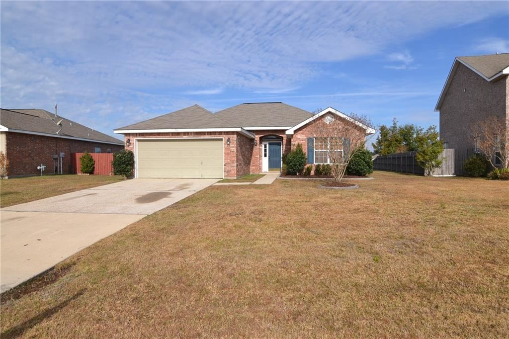 716 LAKEVIEW Lane, Covington, LA 70435 - #: 2232055