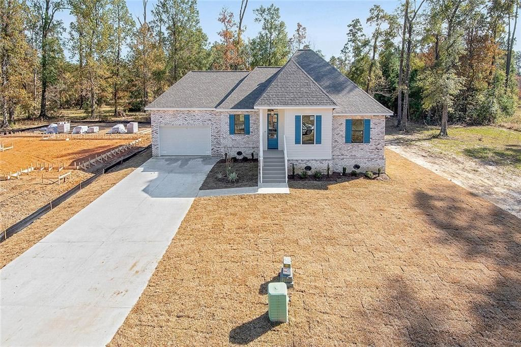321 OAK HOLLOW Drive, Madisonville, LA 70447 - #: 2221059