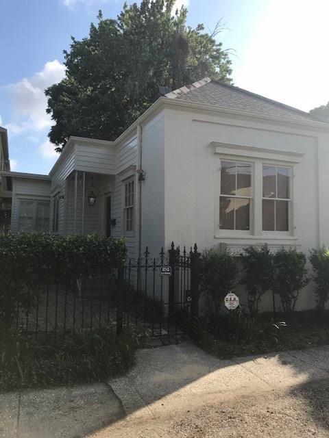 5715 COLISEUM Street, New Orleans, LA 70115 - #: 2266059