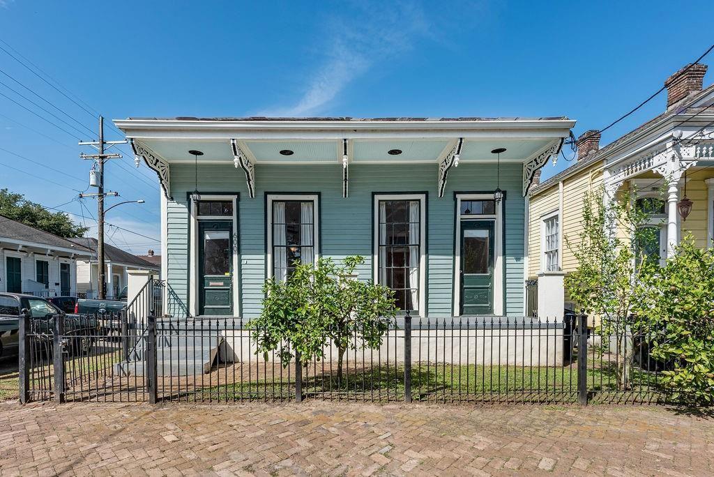 600 SECOND Street, New Orleans, LA 70130 - #: 2315066