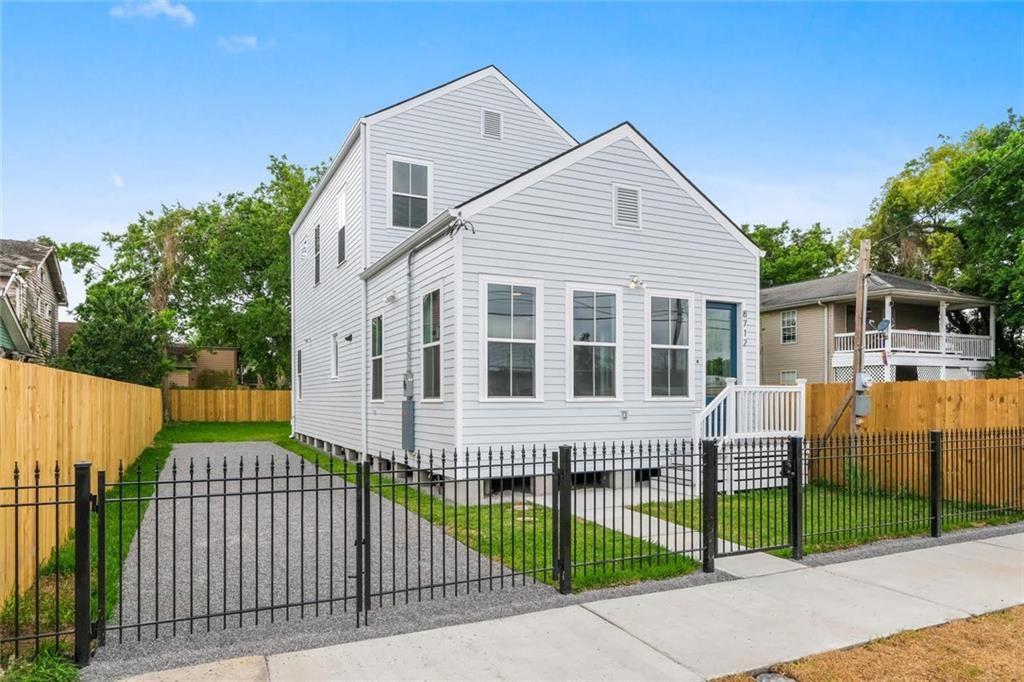 8712 HICKORY Street, New Orleans, LA 70118 - #: 2298086