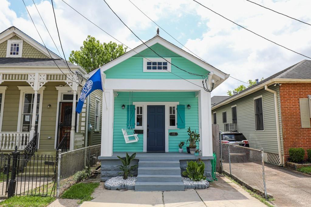 315 CHEROKEE Street, New Orleans, LA 70118 - #: 2297090