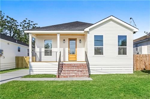 Photo of 6332 PEOPLES Avenue, New Orleans, LA 70122 (MLS # 2281092)