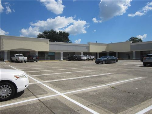Photo of 1800 CAROL SUE Avenue, Gretna, LA 70056 (MLS # 2210118)