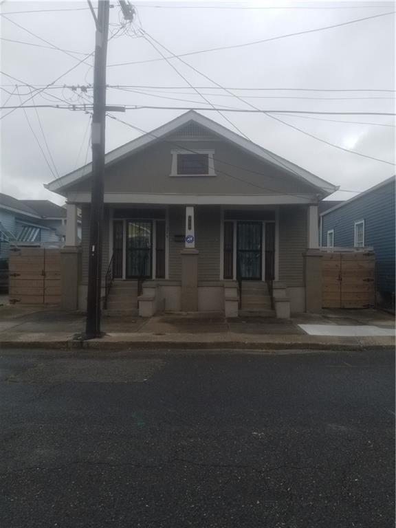 624 9TH Street, New Orleans, LA 70115 - #: 2305122